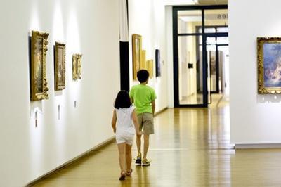 Visite Guidée De La Galerie D'art à Cholet