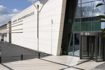 Visite Guidée Des Archives Départementales De La Manche à Saint Lo