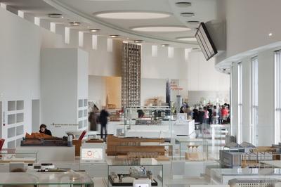 Des Collections : Galerie D'architecture Moderne Et Contemporaine à Paris 16ème