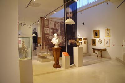 Visite Guidée Des Réserves Du Musée à Saint Lo