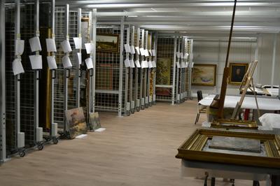 Visite Guidée Des Réserves Du Musée à Douai