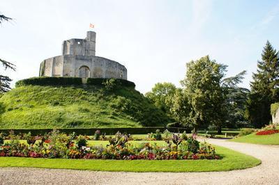 Visite Guidée Du Château à Gisors