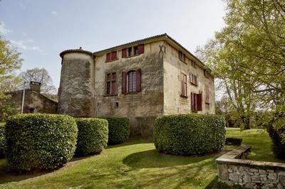 Visite guidée du château de la Calade avec Des Mots et Des Arts à Puyricard