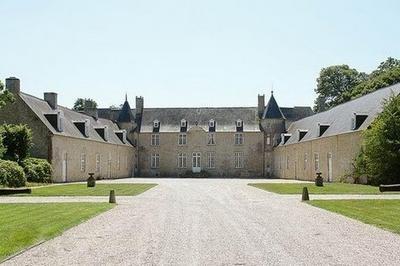 Visite Guidée Du Château De Plain-marais à Beuzeville la Bastille
