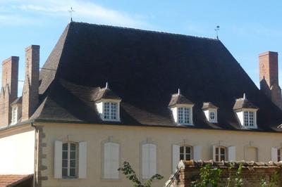 Visite Guidée Du Château Et De Son Parc. à Toulon sur Allier