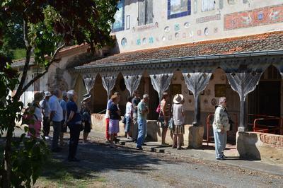 Visite Guidée Du Domaine de Senelles à Bias