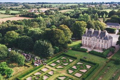 Visite Guidée Du Domaine De Carneville