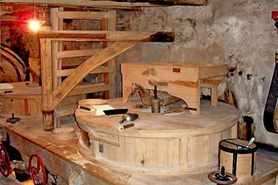 Visite Guidée Du Moulin à Viviez