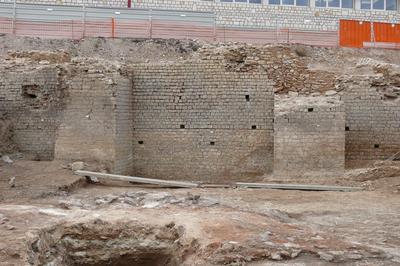 Visite Guidée Du Pain Et Des Jeux : L'amphithéâtre Gallo-romain De Divona-cahors à Cahors