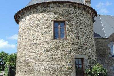 Visite Guidée Du Village Le Manoir à Champcey