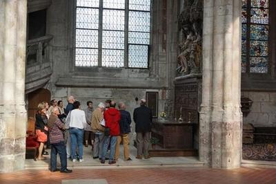 Visite Guidée Histoire, Architecture, Vitraux Et Tableaux à Beauvais