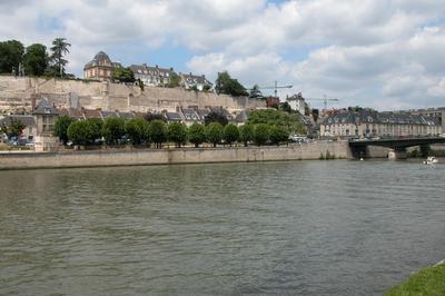 Visite Guidée L'eau à Pontoise - Sous Réserve
