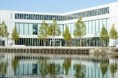 Visite Guidée Pour Découvrir La Bibliothèque à Caen