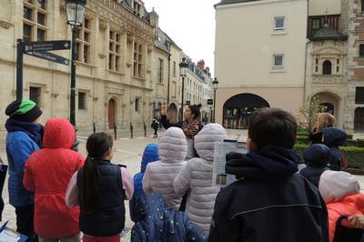 Visite-jeu En Famille à Orléans