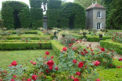 Visite Libre D'un Jardin Régulier, Remanié Au Xixe Siècle. à Montier en Der