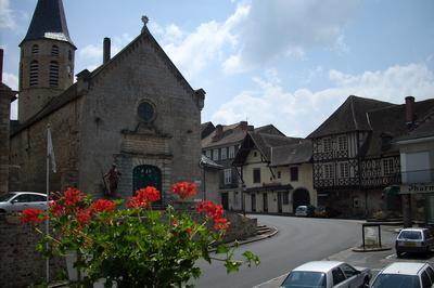 Visite Libre D'une église Du Xive Siècle Et Son Portail En Bois Et Porcelaine, Unique En France ! à Pierre Buffiere