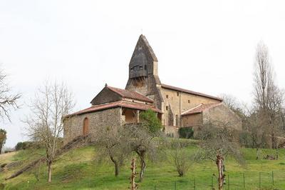 Visite Libre D'une église Fortifiée Du Xiie Siècle à Carcares sainte Croix