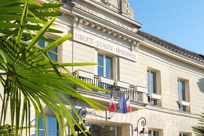 Visite Libre De L'hôtel De Ville à Pontoise
