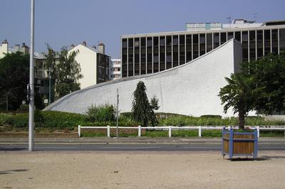 Visite Libre De La Bourse Départementale Du Travail D'oscar Niemeyer à Bobigny