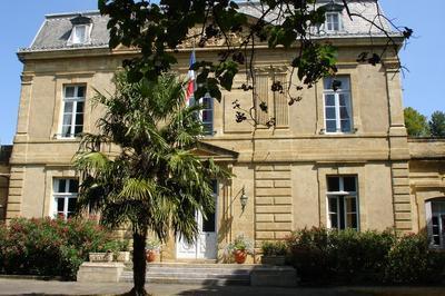 Visite Libre De La Sous-préfecture De Mirande