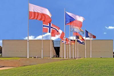 Visite Libre Des Expositions Au Mémorial De Caen