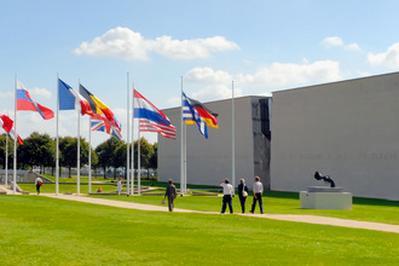 Visite Libre Des Parcours Du Mémorial à Caen