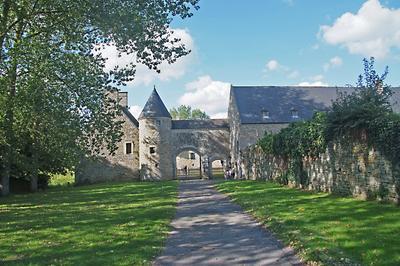 Visite Libre Du Chateau De Montfort à Lozon