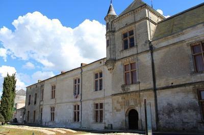 Visite Libre Du Château Renaissance à Coulonges sur l'Autize