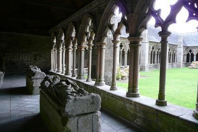 Visite Libre Du Cloître De La Cathédrale Saint Tugdual à Treguier