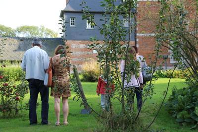 Visite Libre Du Jardin Clos Du Manoir Du Fay à Yvetot