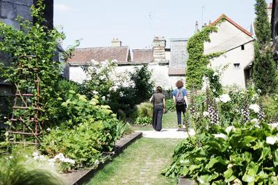 Visite Libre Du Jardin Des Innocents à Troyes