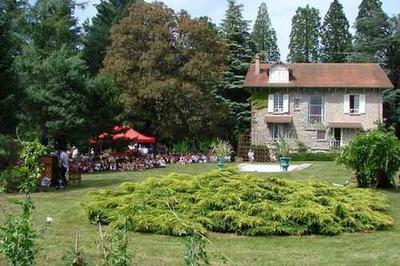 Visite Libre Du Jardin Villa Lo Trémoulado à La Pouge