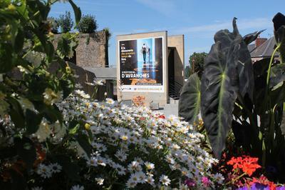 Visite Libre Du Scriptorial à Avranches