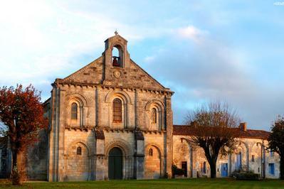 Visite Libre Ou Commentée Du Prieuré De Sainte-gemme à Cramchaban