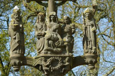 Visite Libre Ou Guidée De La Chapelle De Trevarn En Saint-urbain (29800) à Saint Urbain