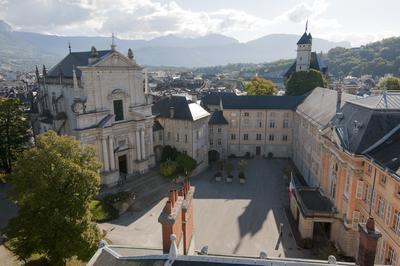 Visite Libre Vue Panoramique Depuis La Terrasse De La Tour Mi-ronde. à Chambery