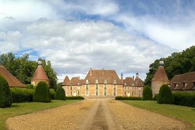 Visites Commentées Au Château De Pomay à Lusigny