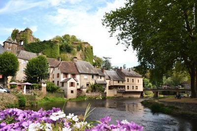 Visites Guidée Du Village à Segur le Chateau
