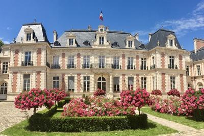 Visites Guidées à La Préfecture à Poitiers