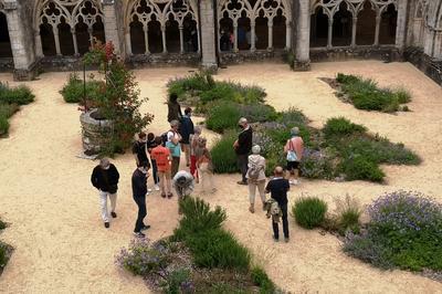 Visites Guidées Des Jardins De L'abbaye De Noirlac à Bruere Allichamps