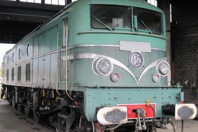 Visites Libres Et Commentées D'une Locomotive 2d2 9135 à Migennes
