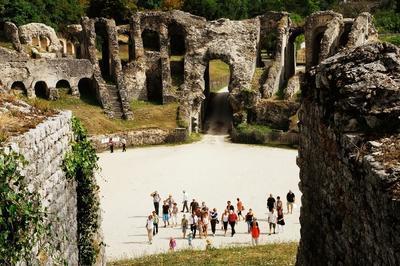 Visitez L'amphithéâtre Antique à Saintes