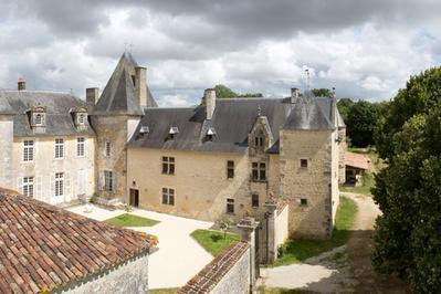 Week-end De Découvertes Dans Un Château Du XVIe Siècle à Les Nouillers