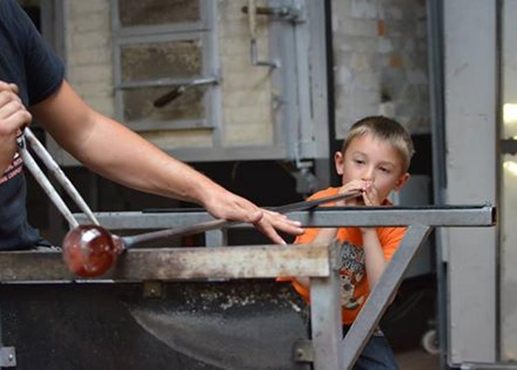 Souffler son oeuf de pâques en verre à Vannes le Chatel