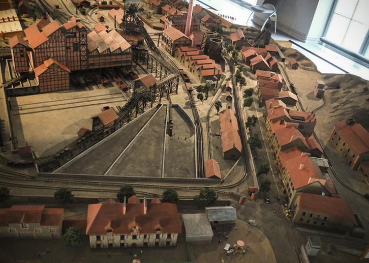 Visite Guidée Du Musée Et De Son Interprétation Contemporaine La Triangulaire De Cransac