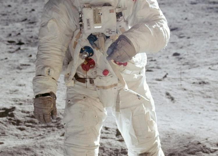 50ème Anniversaire Du Premier Homme Sur La Lune à Mont de Marsan