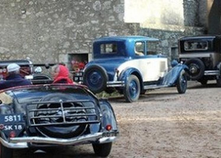 3ème Vadrouille Du Patrimoine Organisée Par Le Rétro Mobile Club Dompierrois à Moulins