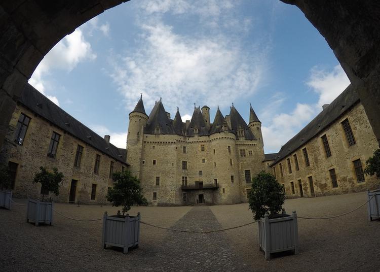 À La Découverte D'un Ancien Château-fort Devenue Résidence Noble À La Renaissance à Jumilhac le Grand