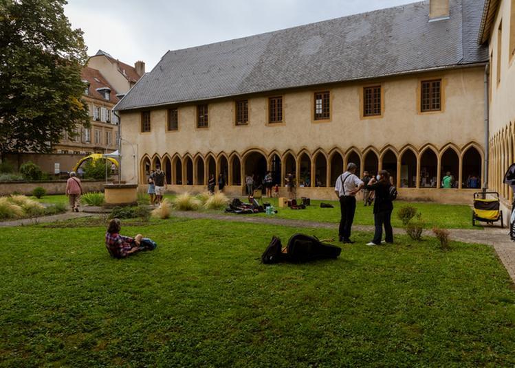 À La Découverte D'un Cloître Médiéval à Metz