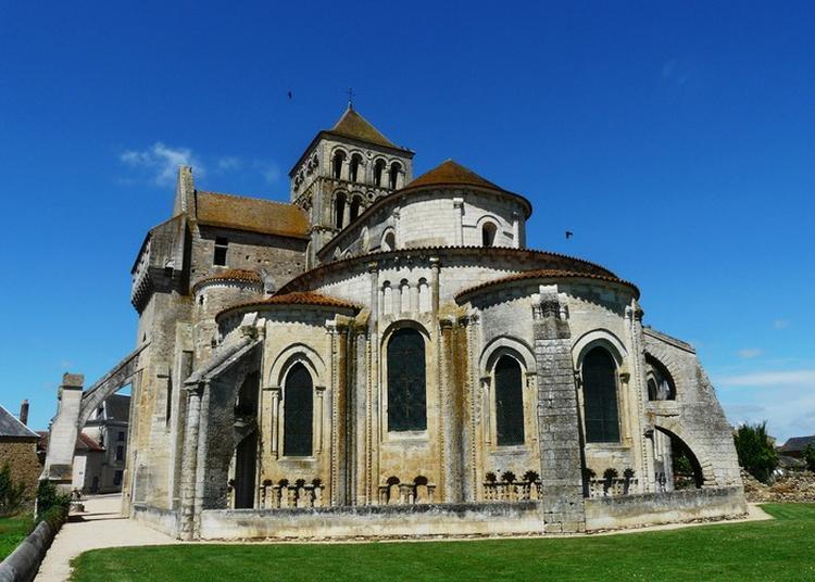 À La Découverte De L'église Abbatiale De Saint-jouin-de-marnes à Marnes